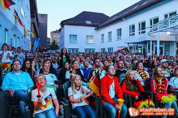 31839Public Viewing Arena Impression - Portfolio Herr Knobel44